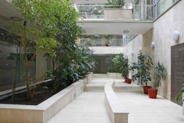 MedCity Egészségközpont aula